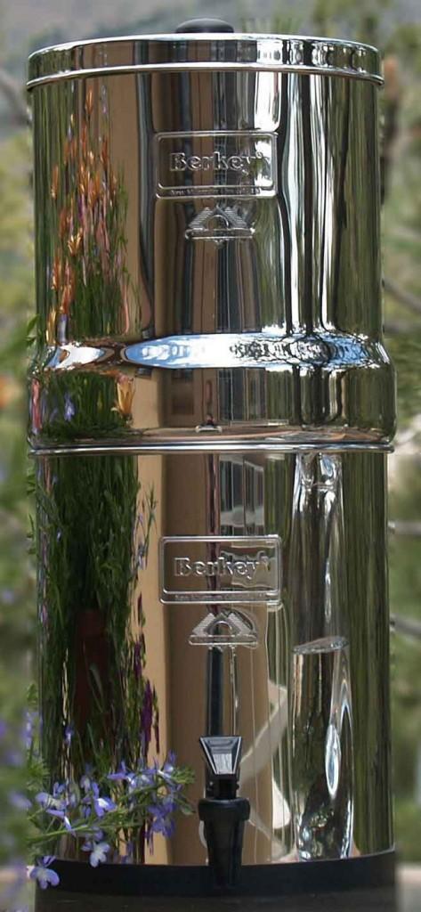 water-filtration-unit-machine-berkey-gravity-filter-system